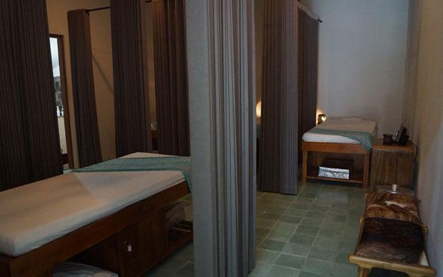 Aliya Salon & Day Spa - Umalas, Seminyak - Massage Room