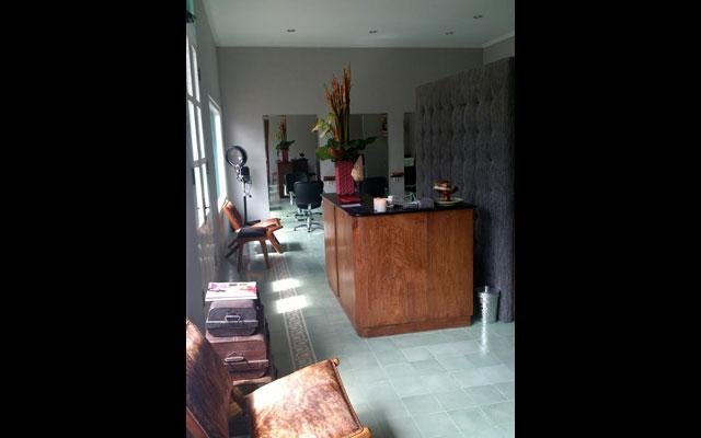 Aliya Salon & Day Spa - Umalas, Seminyak - Reception Area