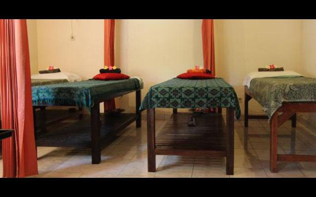Chonos Hotel Beauty Salon Facility Massage Beds