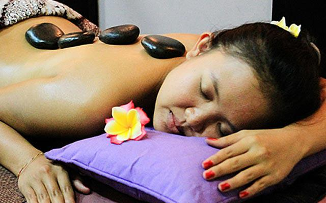 Nusa Dua Spa - Bali Flower Spa : hot stone