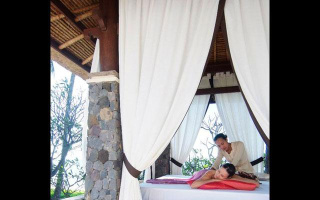 Spa Amed - Spa Village : open air massage