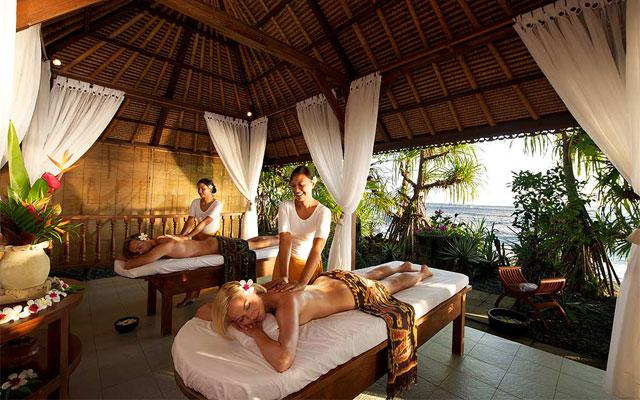 Spa Pamuteran - Parwathi Spa : beach massage