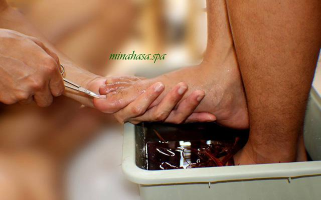 Spa Denpasar - Aaron Magic Hans Spa : pedicure