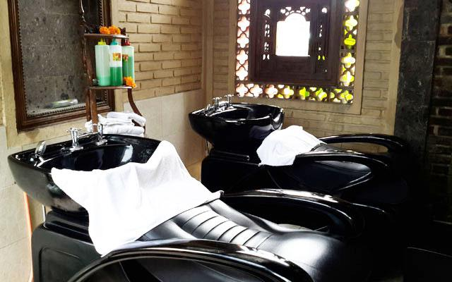 Ubud Spa - Bodyworks Centre : Hair Wash Room