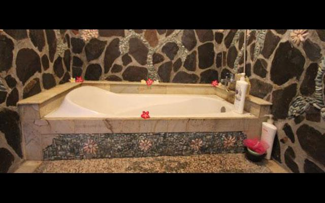 Chonos Hotel Beauty Salon Facility Bathtub