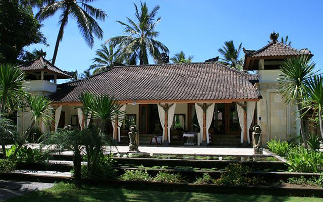 Spa Bali - Jaya Spa at Candidasa : front view