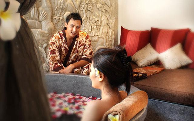 Spa Bali - Rama Spa at Ramayana Hotel Kuta : couple treatment